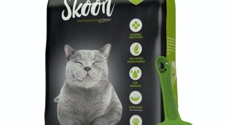 Inova® lanza al mercado Skoon®, la primera arena para gatos 100% biodegradable